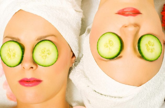 Cucumber-for-Dark-Eye-Circles